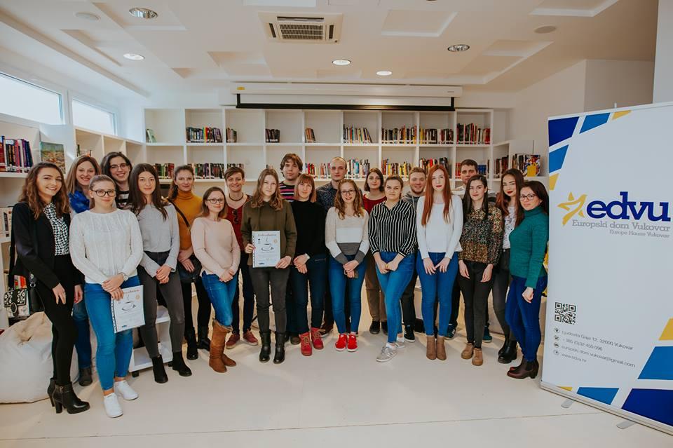 LokalnaHrvatska.hr Vukovar Kava sa studentima